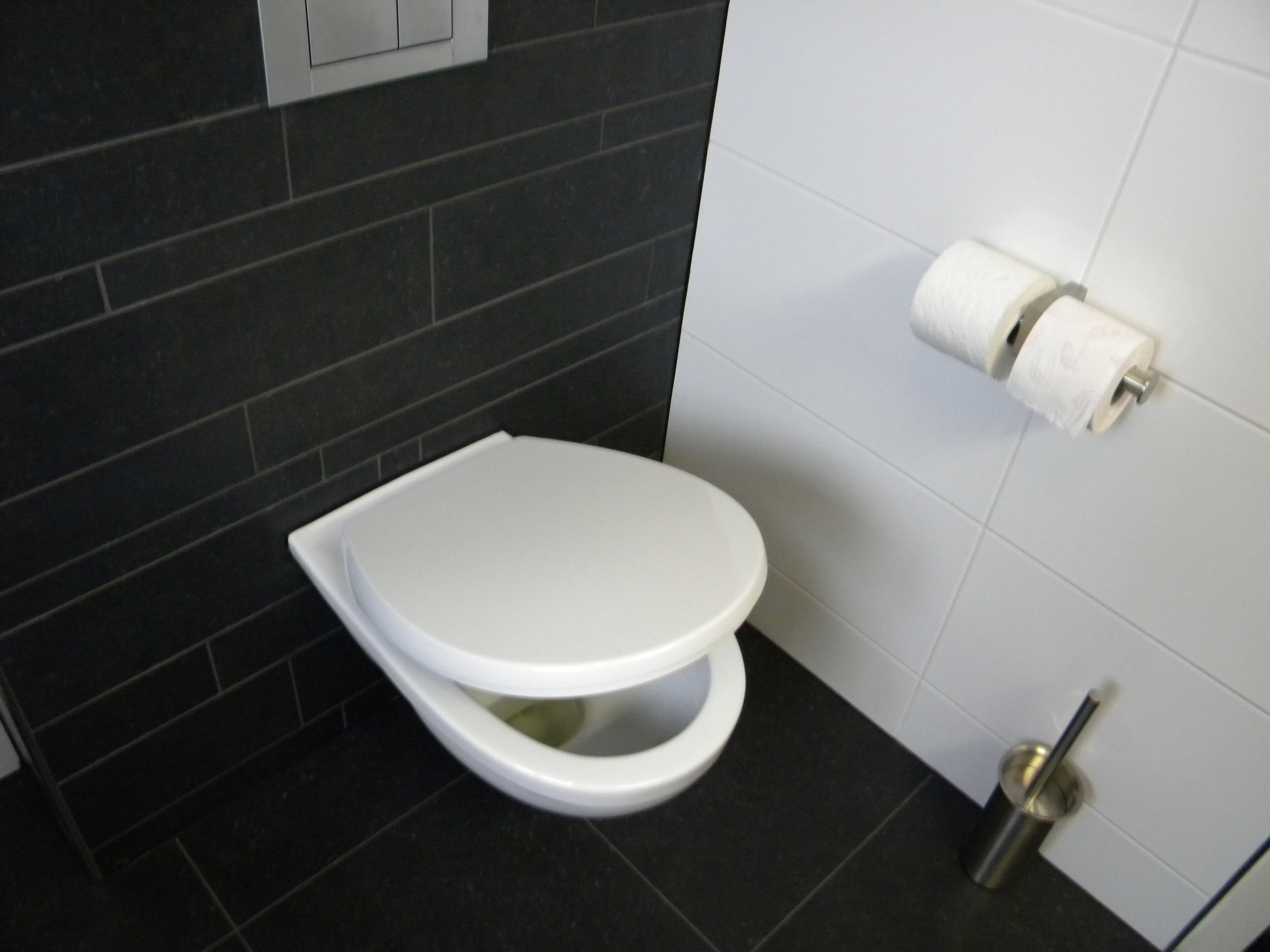 Badkamers tegelwerken - Kleine badkamer wc ...